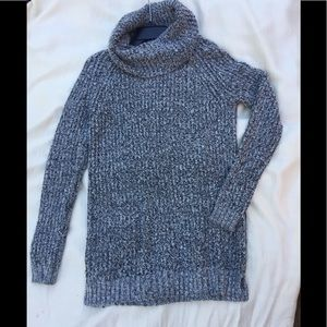 Mossimo sweater size Lg shiny sequins